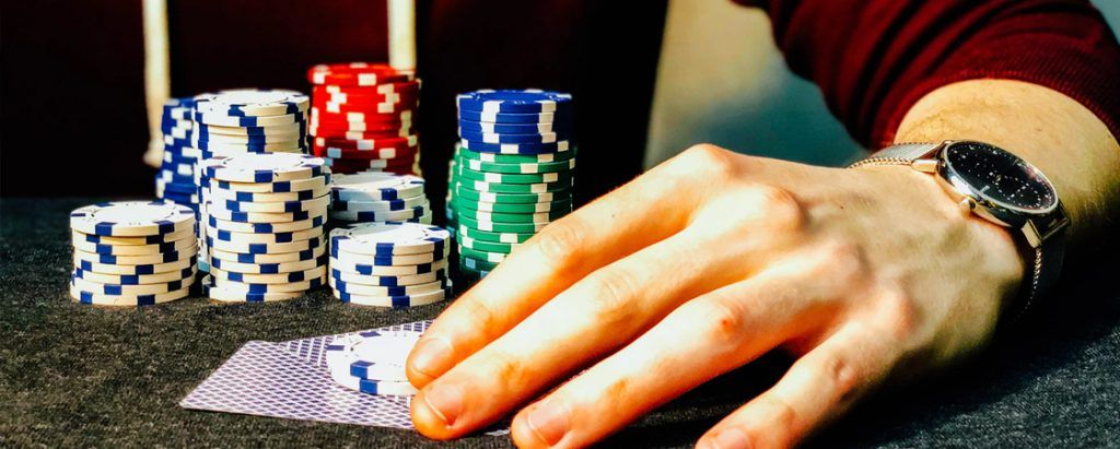 Featured PostImages 5 Tips for Beginners before Joining a Blackjack Event Play one hand at a time 1024x411 - 5 Tips for Beginners before Joining a Blackjack Event